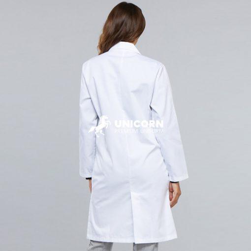 Mẫu áo Blouse đồng phục bác sĩ nữ thịnh hành nhất hiện nay